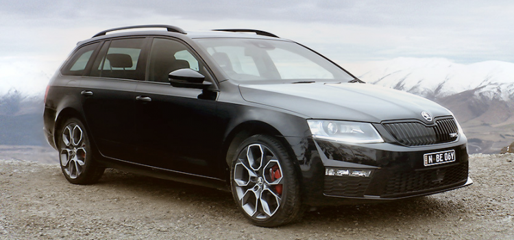 Skoda Octavia wins best family car under 30K