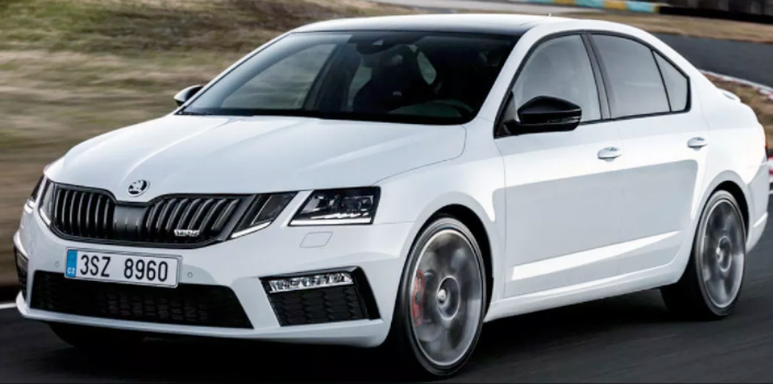 Skoda reveals facelifted Octavia RS