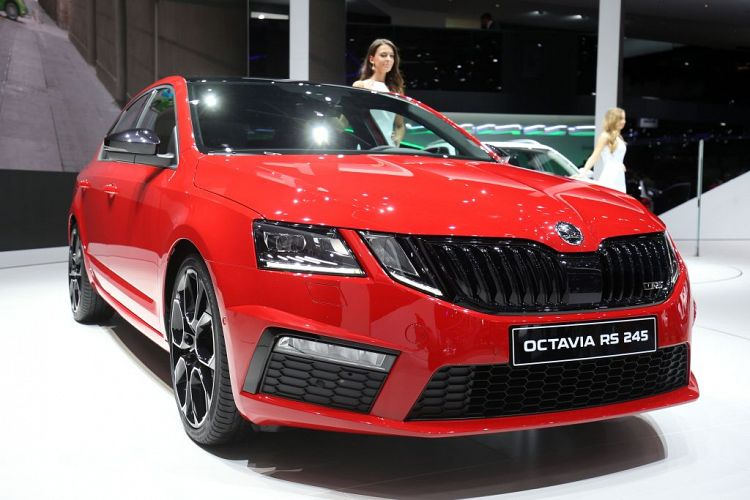 Geneva show: Skoda unleashes Octavia RS245